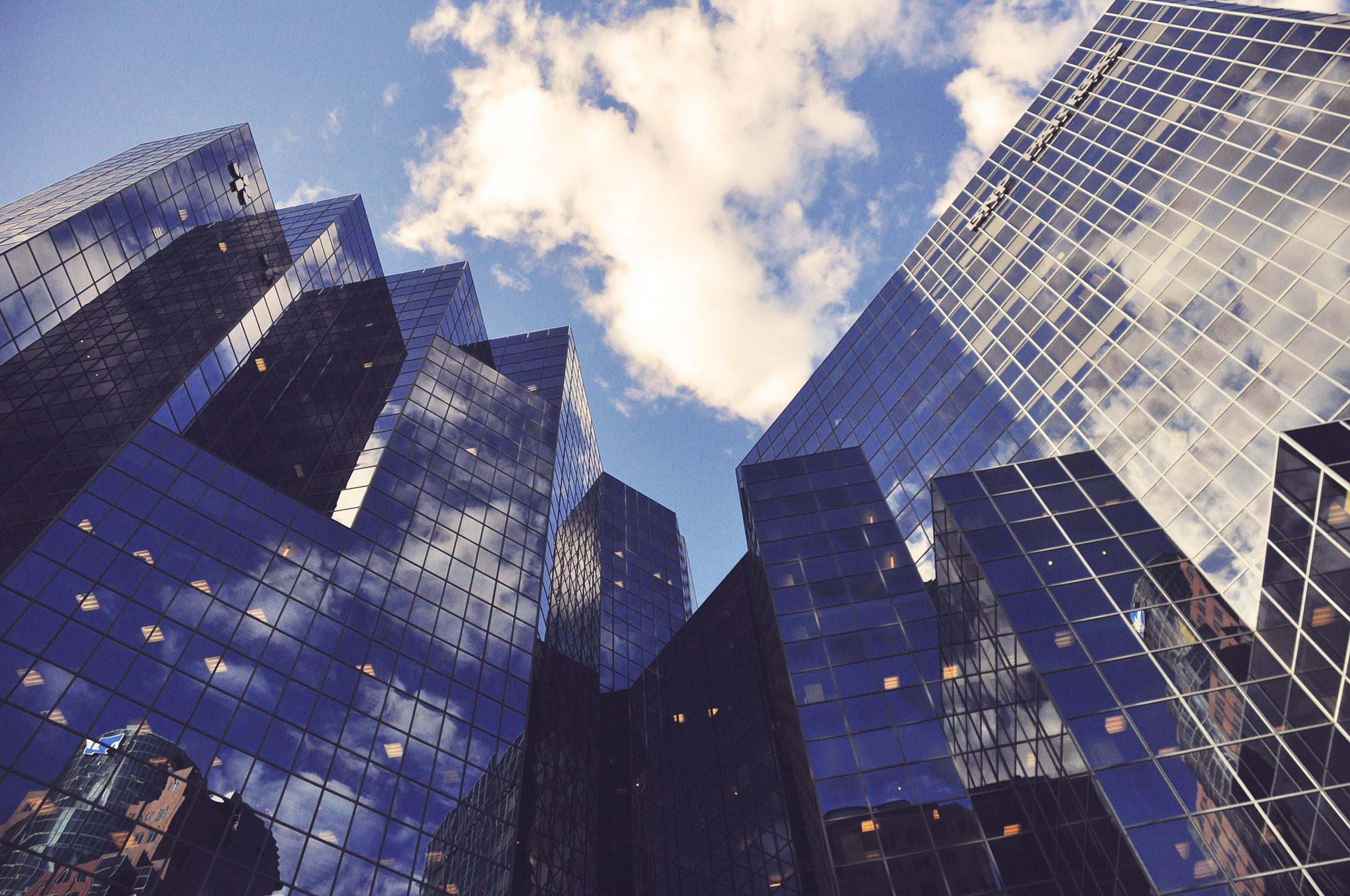 eux aluminij u arhitekturi visoke zgrade kao referentno korištenje aluminija